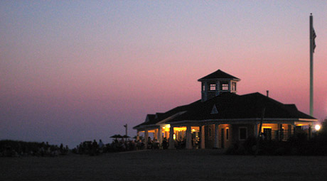 venetian shores park and the beach hut in lindenhurst ny